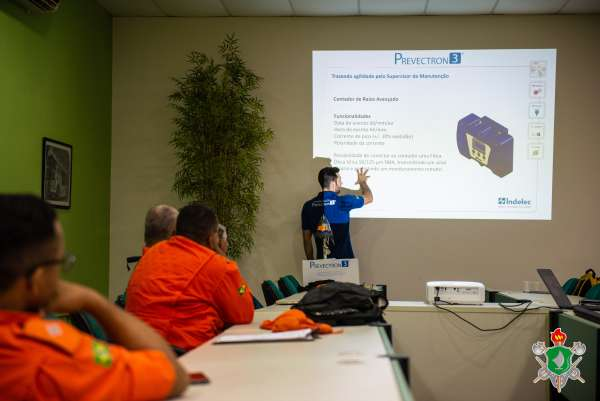 Comando de Engenharia participa de palestra sobre descargas atmosféricas